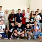 Circuito Solidário de Xadrez arrecada 230 kg de alimentos